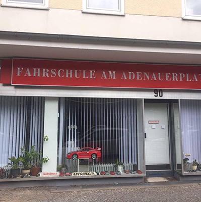 Fahrschule am Adenauerplatz