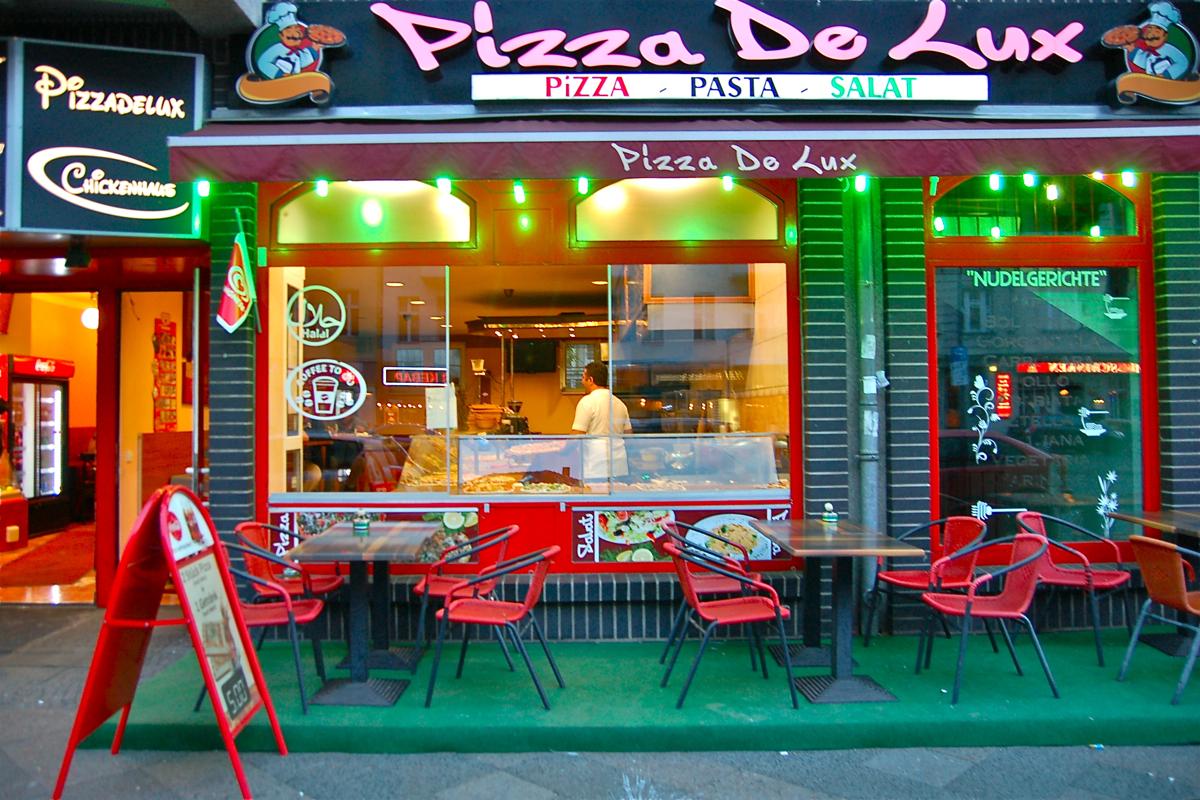 Pizza De Lux