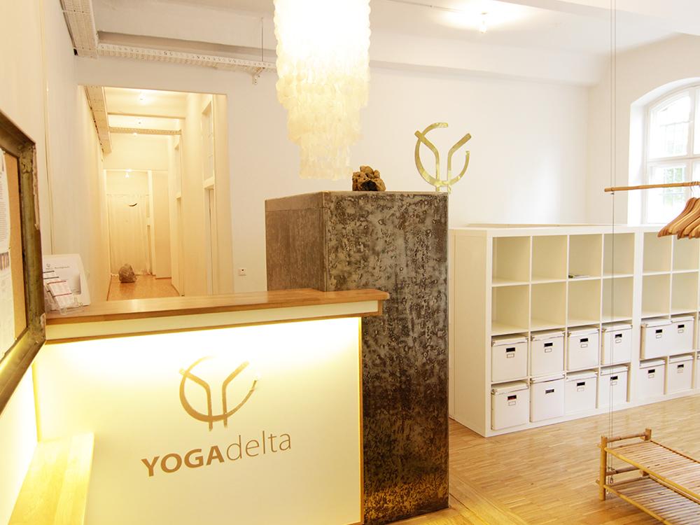 Yoga Delta Mitte
